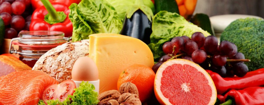 Le donne dovrebbero fare più frutta e succhi di frutta.